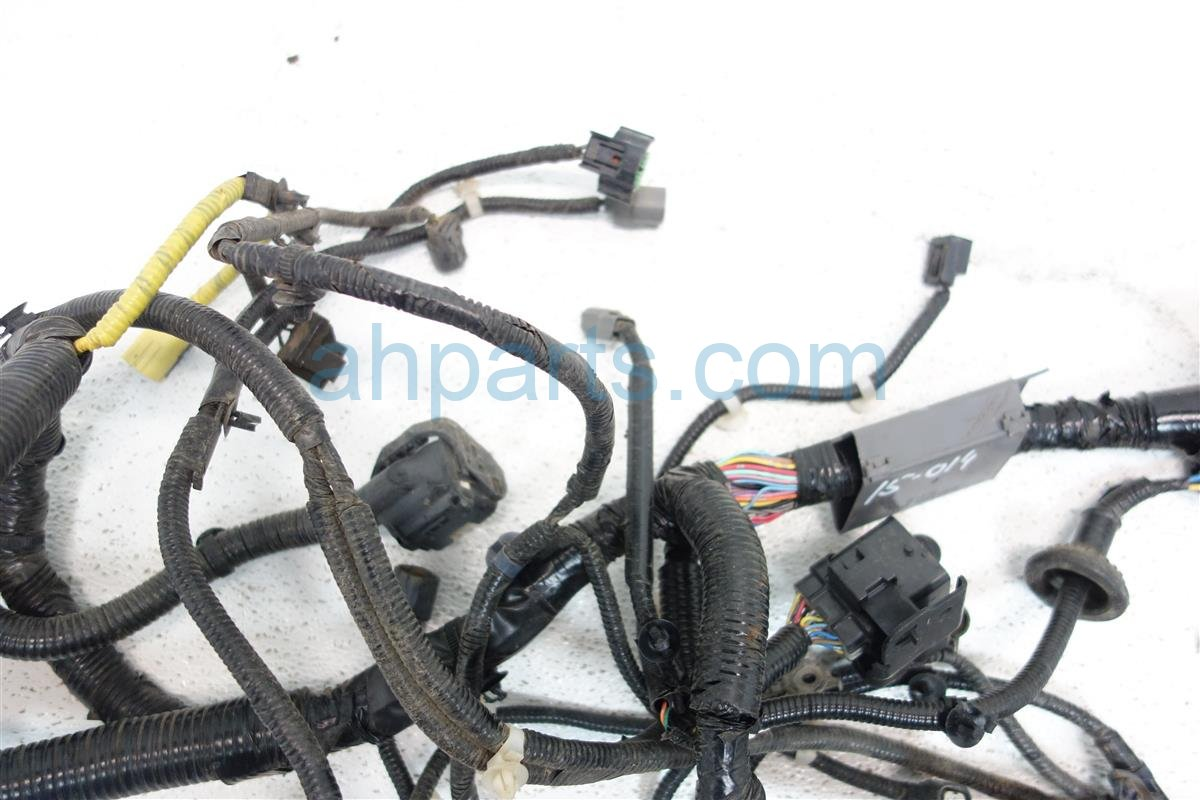 2012 Honda CR V HEADLIGHT HARNESS 32200 T0A A20 32200T0AA20 Replacement