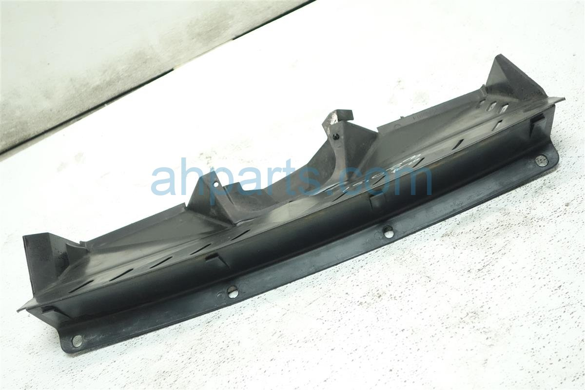 2001 Honda S2000 Windshield Cowl AIR GUIDE PLATE WITH COVER 19600 PCX 000 19600PCX000 Replacement