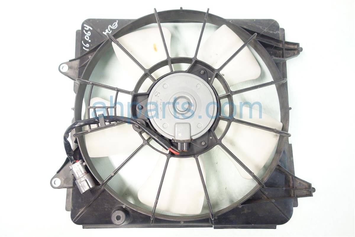 2007 Honda Civic Cooling RADIATOR FAN ASSEMBLY CRACKED SHROUD Replacement