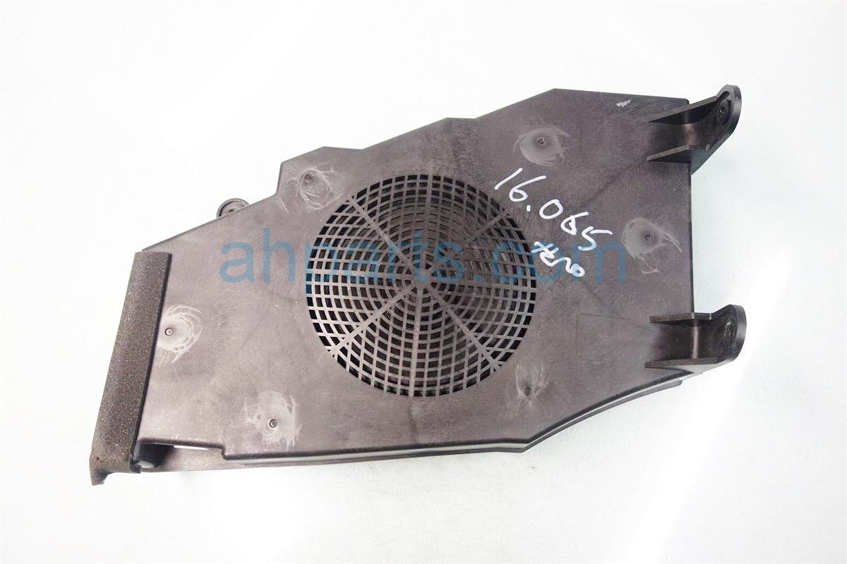 Acura TSX Subwoofer Speaker TLA - Acura tsx speaker replacement