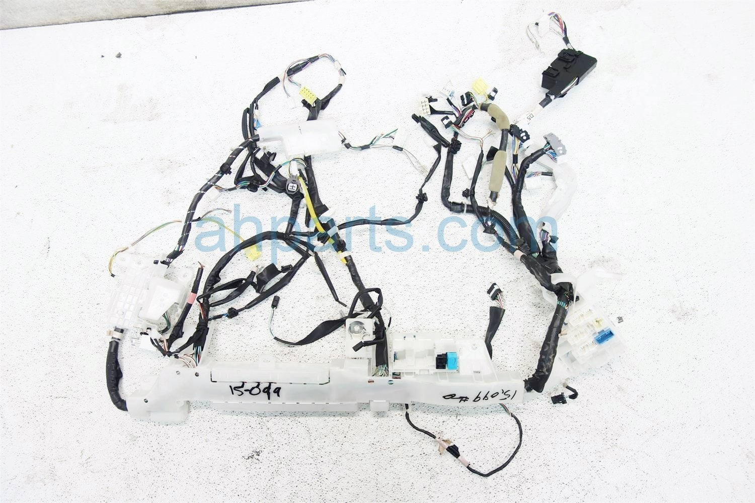 2015 Toyota Corolla INSTRUMENT HARNESS 82118 0ZL70 Replacement