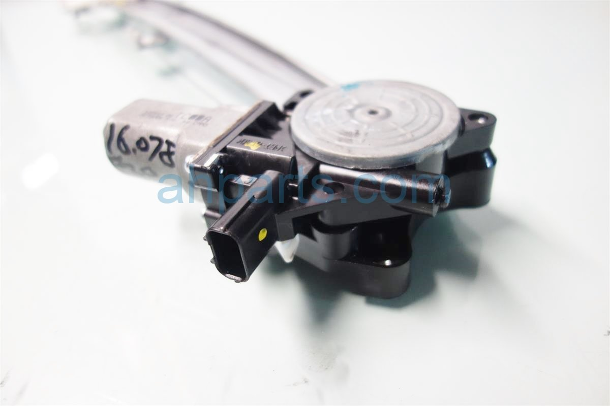 2013 Acura RDX Front driver WINDOW REGULATOR MOTOR 72250 TX4 A01 72250TX4A01 Replacement