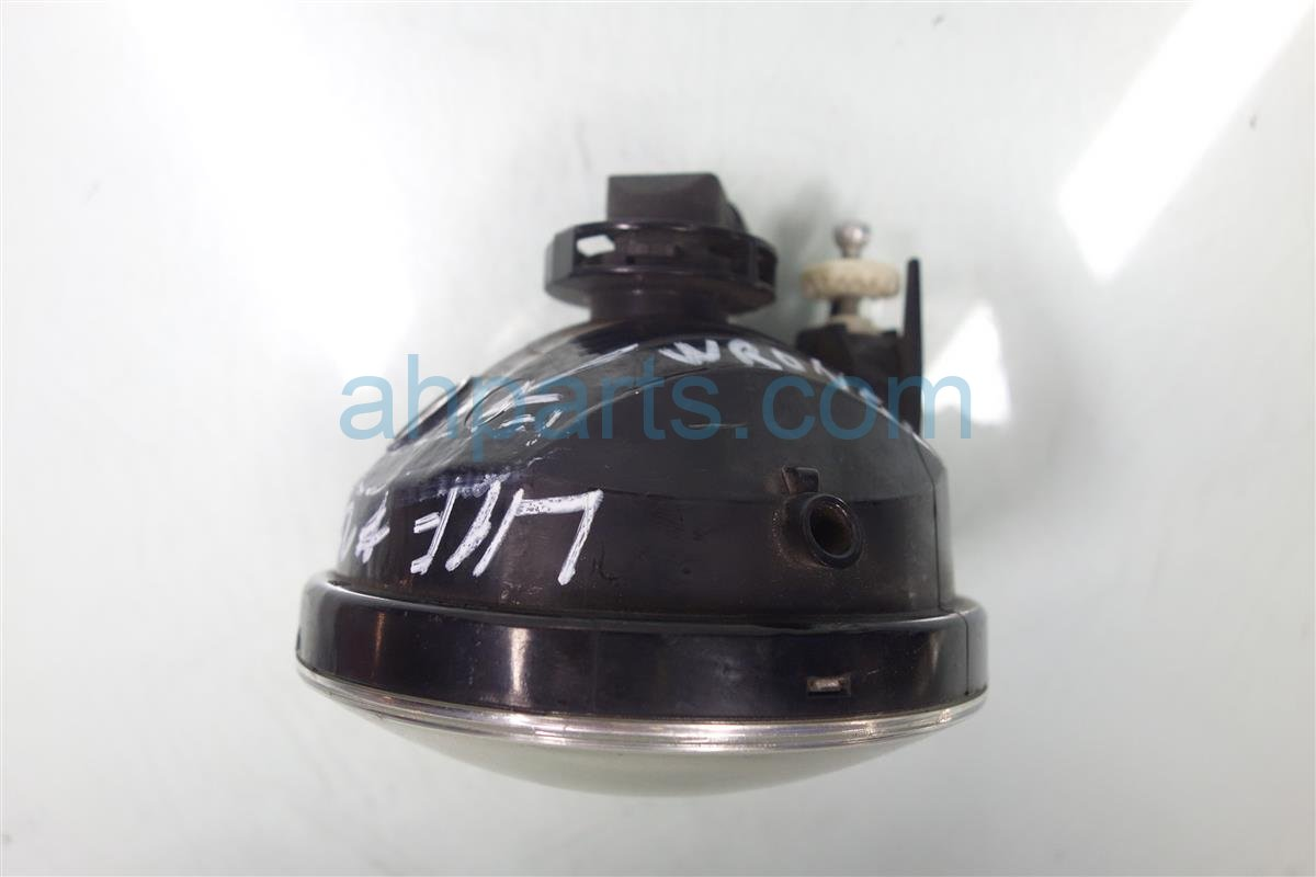2007 Toyota Tacoma Driver FOG LAMP LIGHT 81210 AA030 81210AA030 Replacement