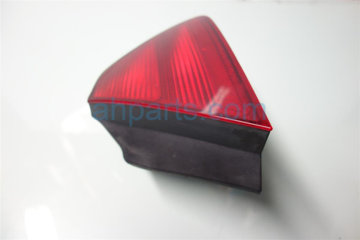 2001 Honda Accord Rear Passenger TAIL LAMP LIGHT ON BODY scratch 33501 S82 A01 33501S82A01 Replacement