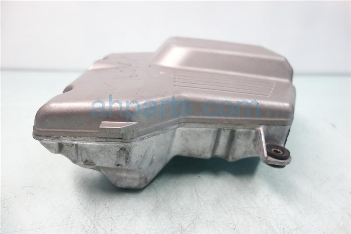2001 Honda CR V INTAKE MANIFOLD CHAMBER 17160 PHK 000 17160PHK000 Replacement