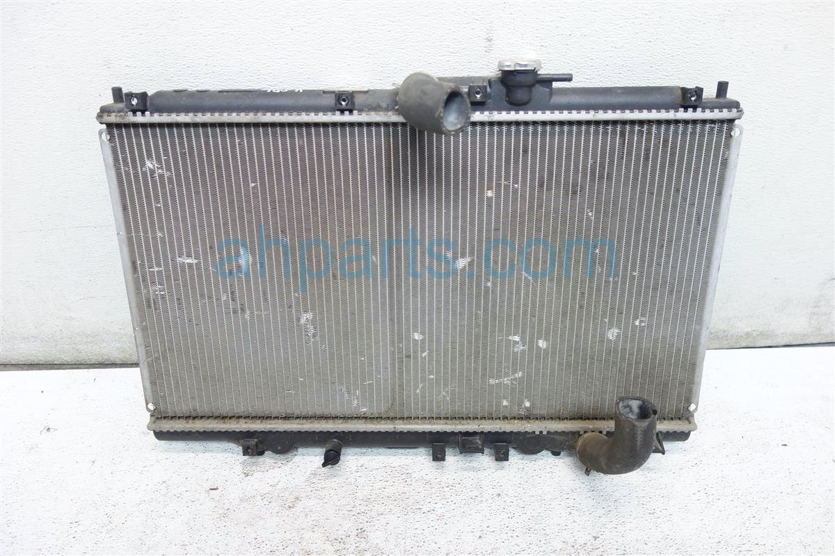 2001 Honda Accord 4 CYL RADIATOR VALEO 19010 PAA A02 19010PAAA02 Replacement