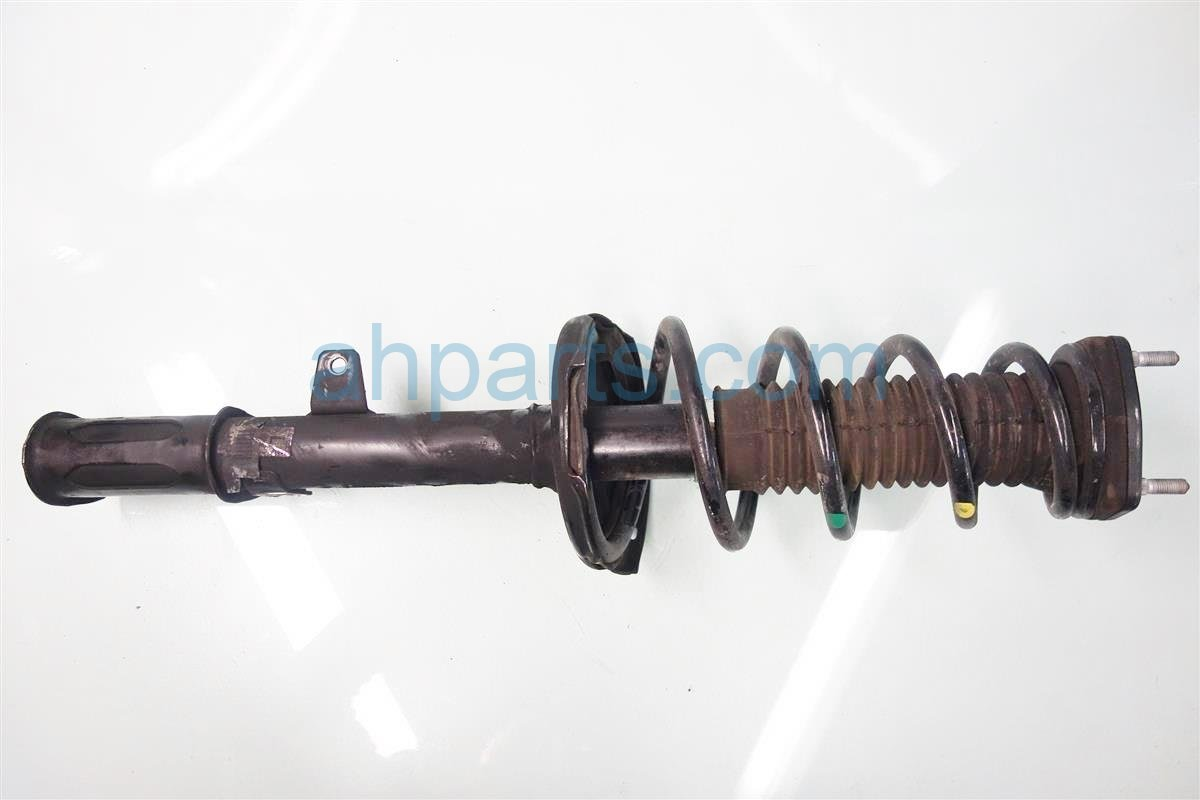 2011 Toyota Highlander Rear driver STRUT SHOCK SPRING 48540 A9390 48540A9390 Replacement