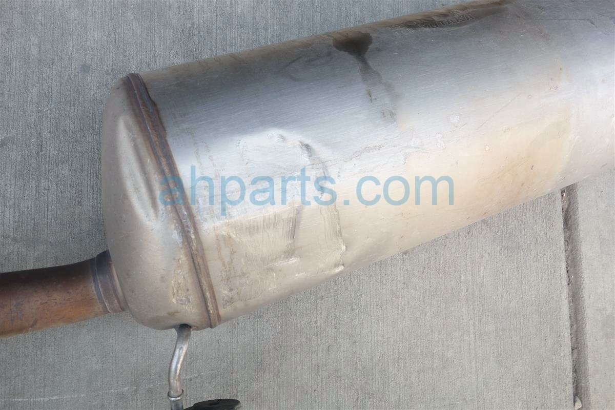 2015 Honda Odyssey EXHAUST PIPE MUFFLER ASSY HAS DENTS 18307 TK8 A11 18307TK8A11 Replacement