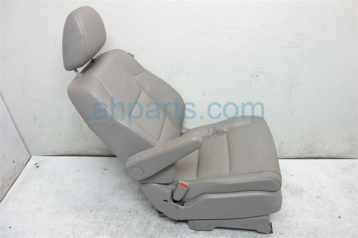 2011 Honda Odyssey Front driver SEAT GRAY LEATHER 04815 TK8 A40ZA 04815TK8A40ZA Replacement