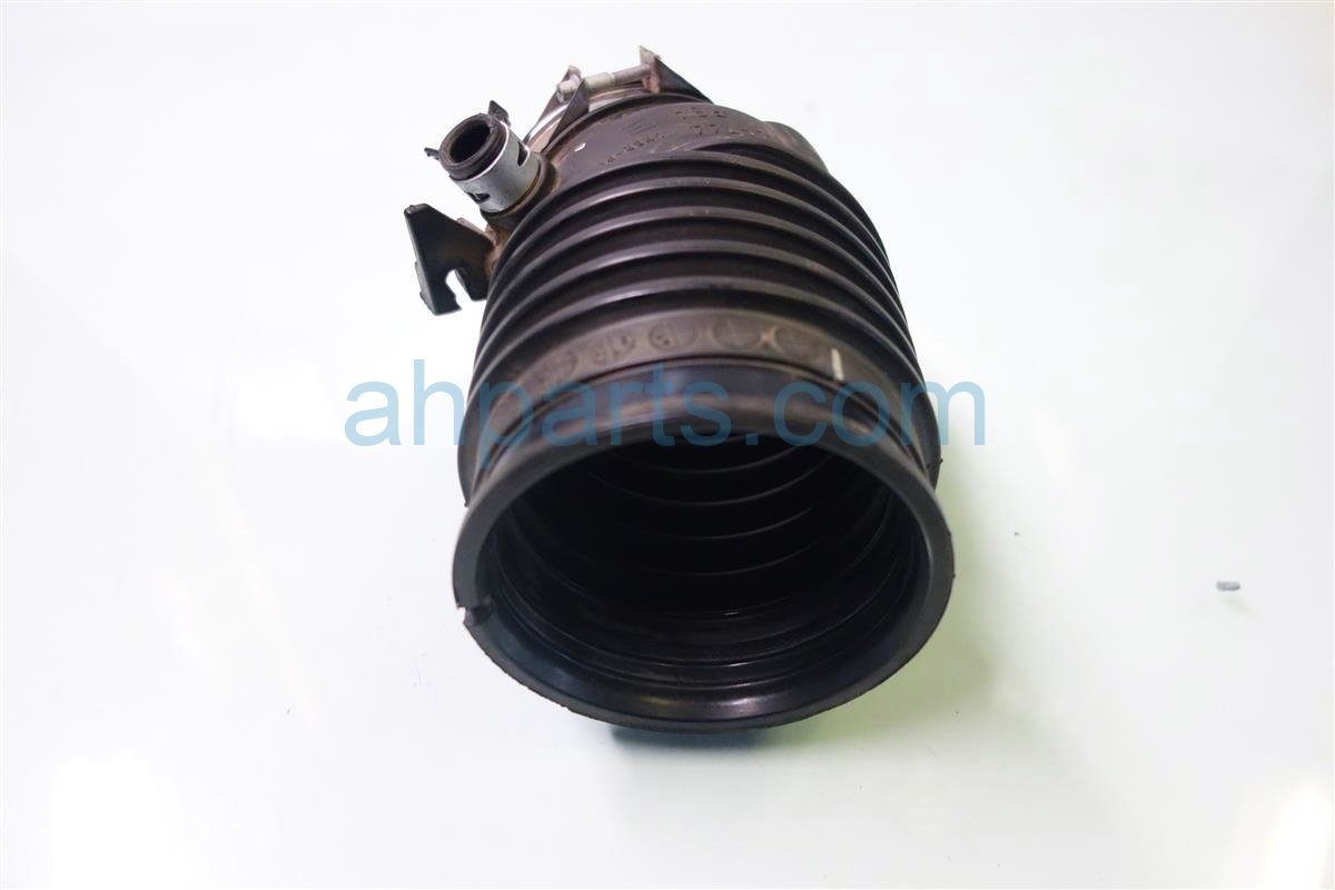 2013 Acura RDX AIR INTAKE TUBE Replacement