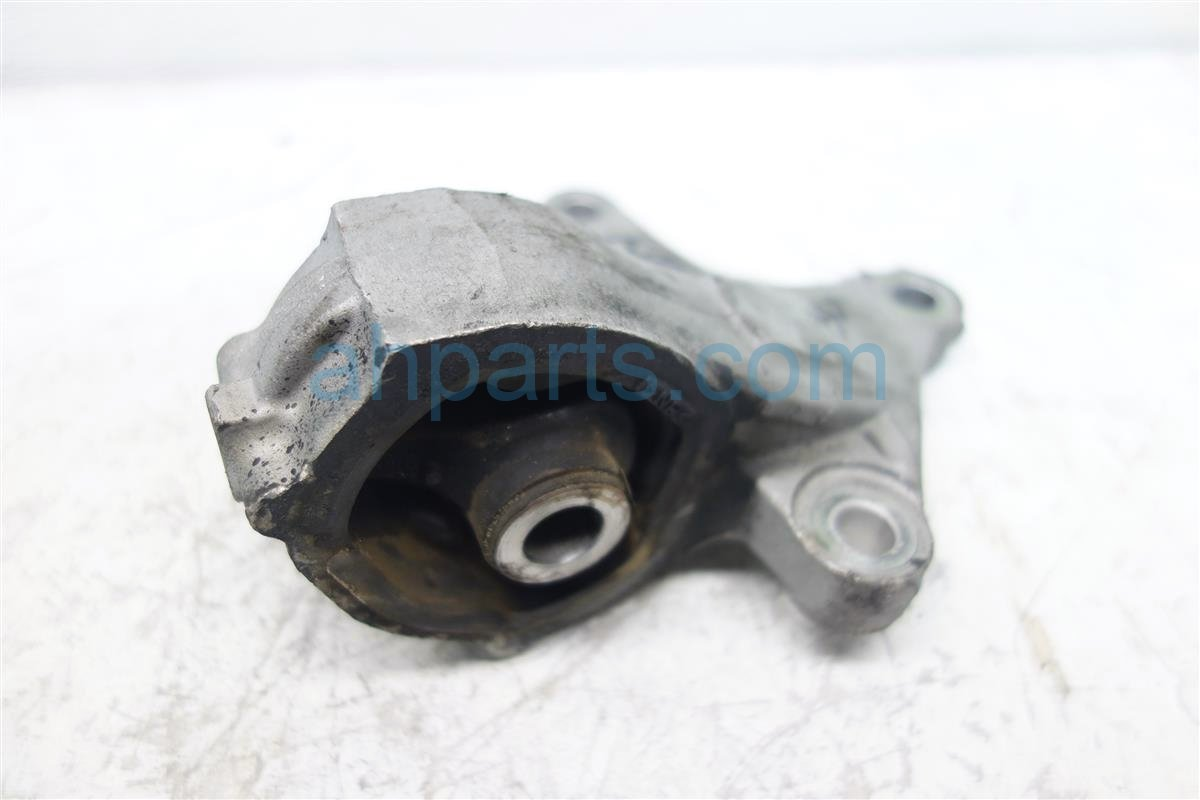 2014 Honda CR V Engine Motor TRANSMISSION MOUNT 50850 T0A A81 50850T0AA81 Replacement