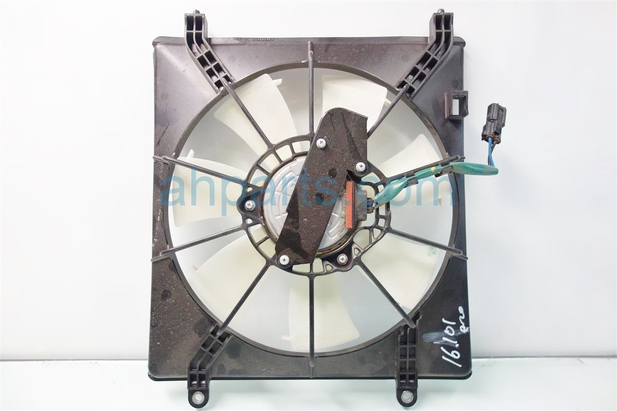 2016 Honda Accord Cooling AC CONDENSER FAN ASSEMBLY 38615 5A2 A02 386155A2A02 Replacement