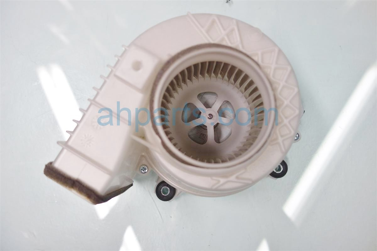 2013 Lexus Es300h Air BATTERY BLOWER MOTOR G9230 33030 Replacement
