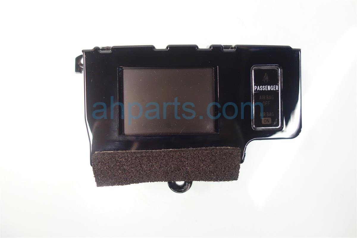 2013 Toyota Sienna DISPLAY SCREEN NON NAVI 83290 08040 8329008040 Replacement