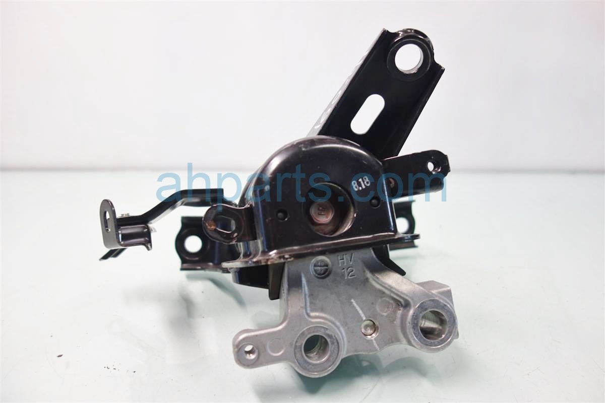2014 Toyota Prius V Engine Motor Passenger ENGINE MOUNT 12305 37301 1230537301 Replacement