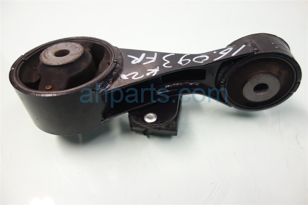 2013 Lexus Es300h Engine Motor mount TORQUE ROD 12363 36080 1236336080 Replacement