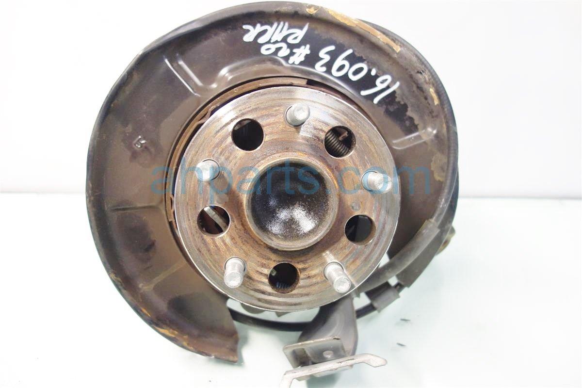 2013 Lexus Es300h Axle stub Rear passenger SPINDLE KNUCKLE 42304 33060 4230433060 Replacement