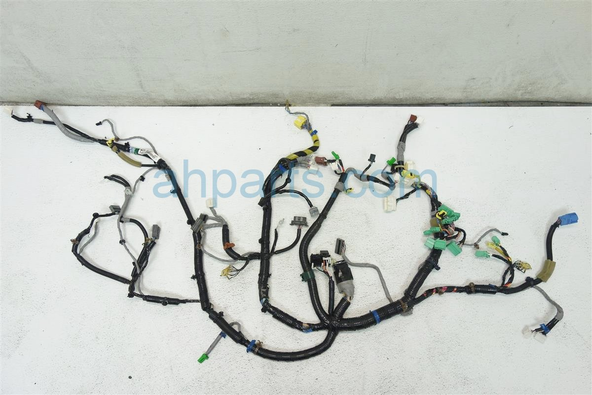 2007 Honda CR V INSTRUMENT WIRE HARNESS 32117 SWA A10 32117SWAA10 Replacement