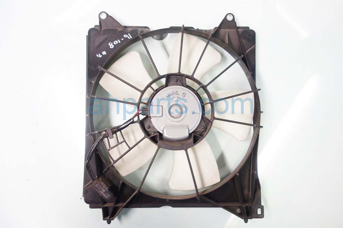 2013 Honda Accord Cooling RADIATOR FAN ASSEMBLY 19030 5G0 A01 190305G0A01 Replacement