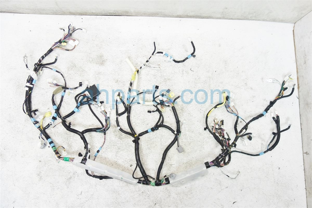 2013 Toyota Sienna Intrument Panel Wire Harness 82141 08a43 Replacement