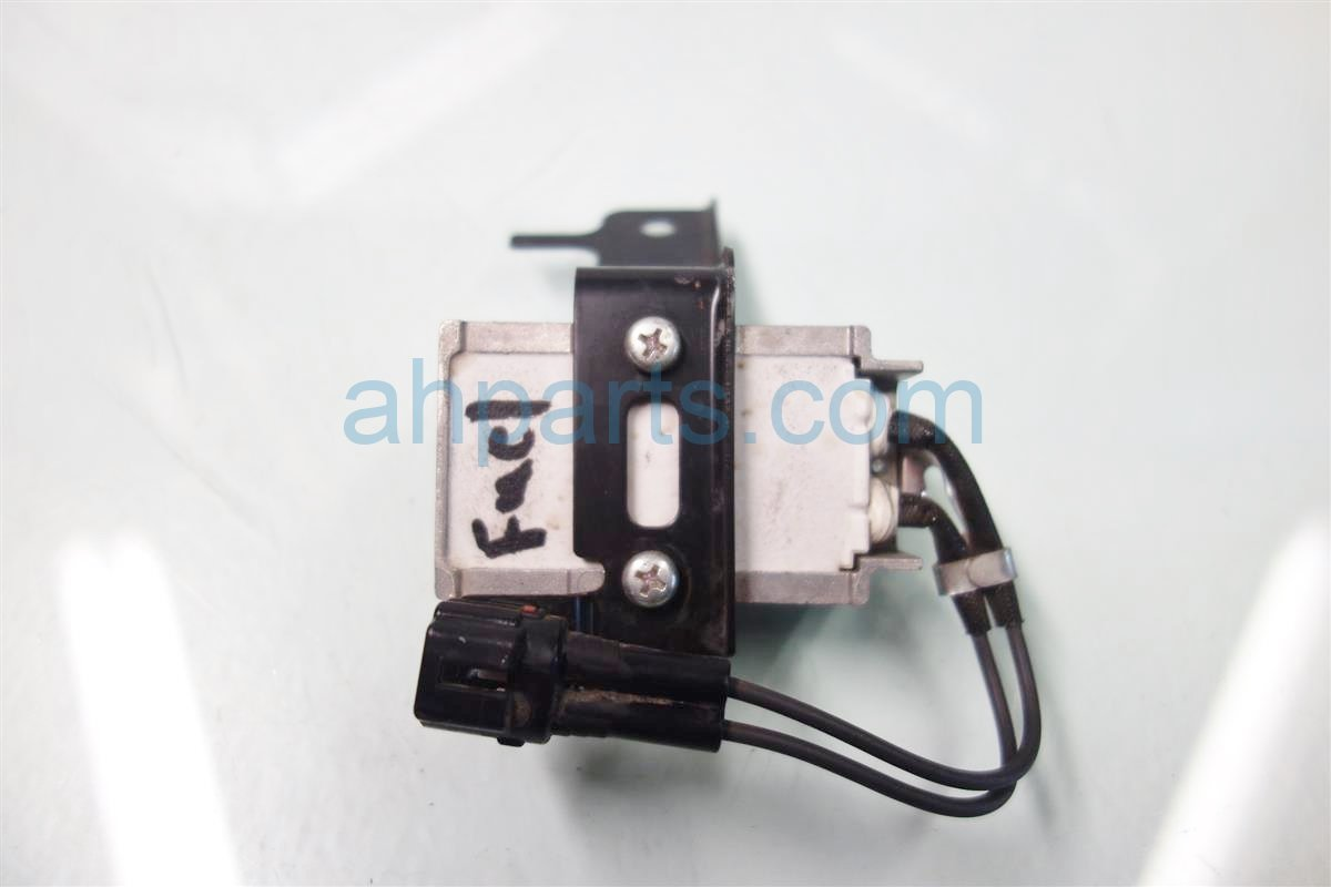 2013 Toyota Sienna FUEL RESISTOR MODULE 23080 31160 Replacement