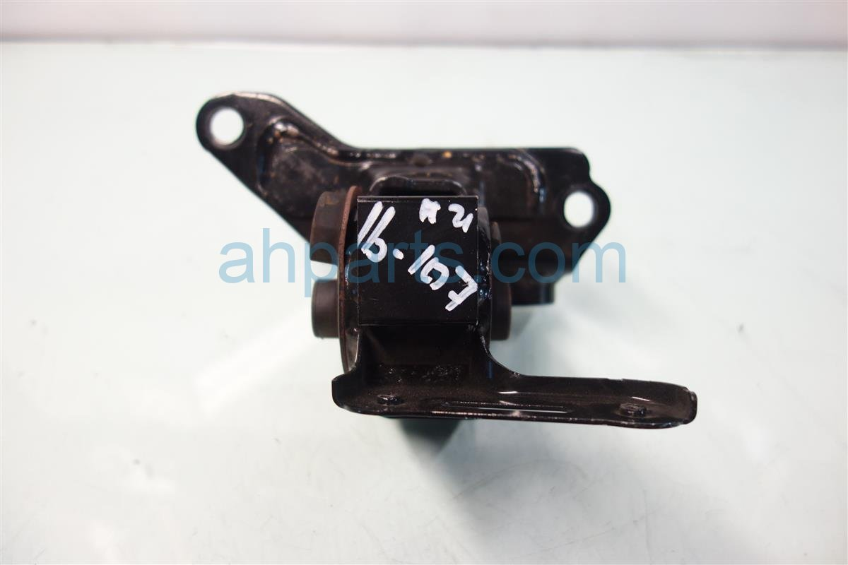 2014 Toyota Corolla Engine Motor Driver ENGINE SIDE MOUNT 12372 0T330 123720T330 Replacement