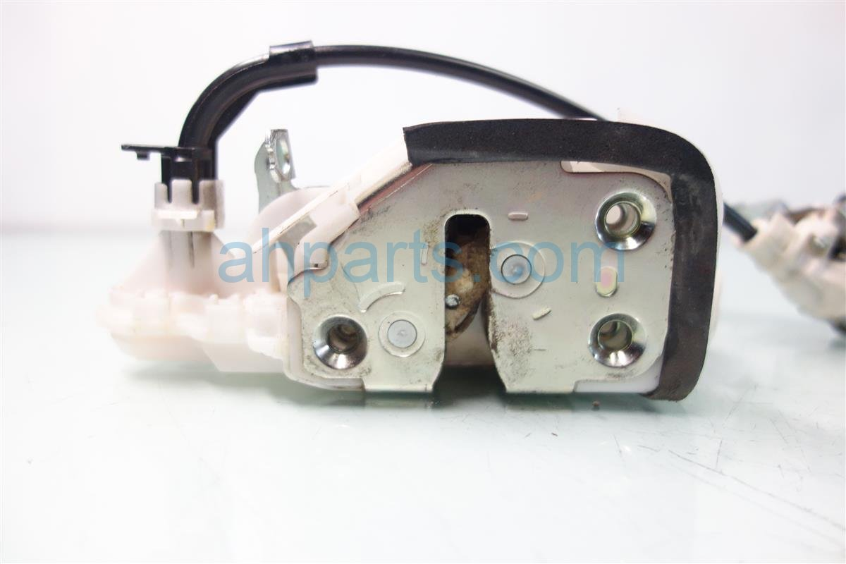 2013 Acura RDX Front driver LOCK ACTUATOR 72150 TR0 A11 72150TR0A11 Replacement