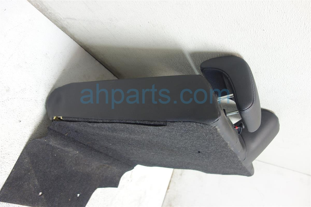 2014 Toyota Corolla Back seat 2nd row REAR Passenger UPPER PORTION BLACK BLUE 71651 02730 7165102730 Replacement