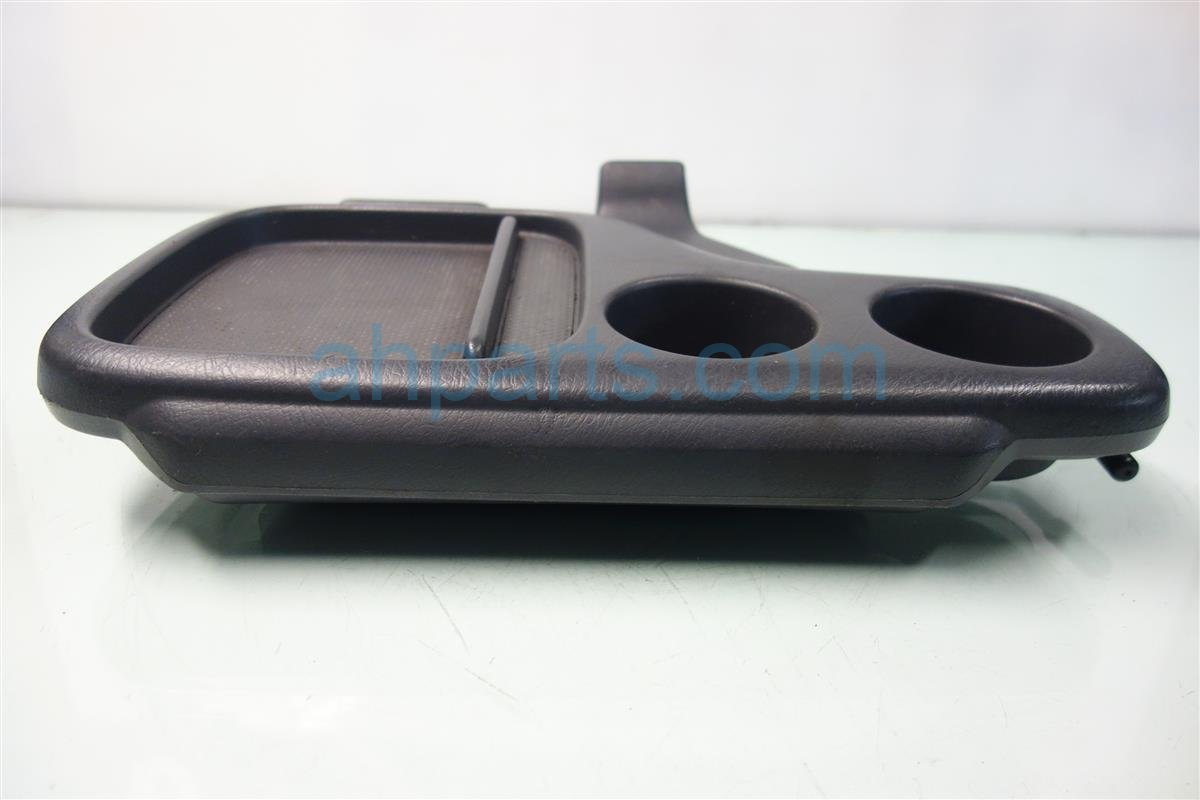 2001 Honda CR V FRONT ARMREST GREY 83300 S10 A00ZB 83300S10A00ZB Replacement