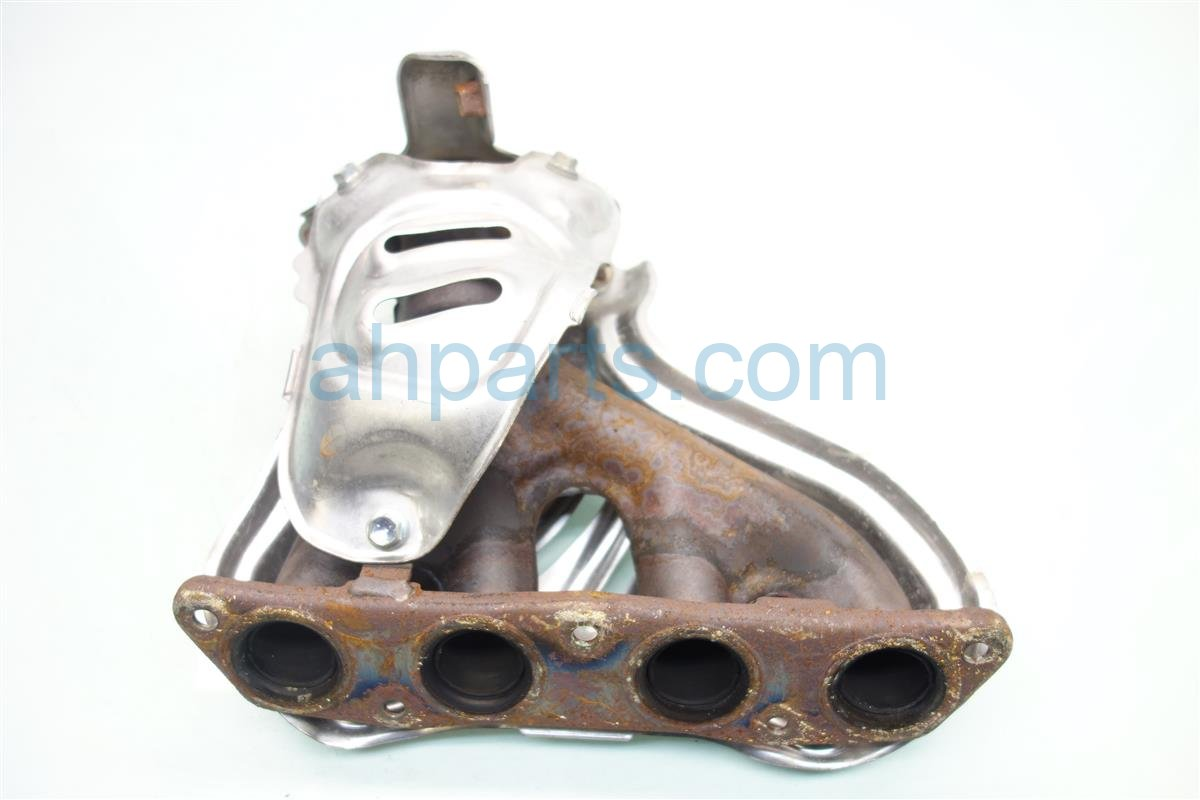 2015 Toyota Corolla EXHAUST MANIFOLD 17141 0T080 171410T080 Replacement