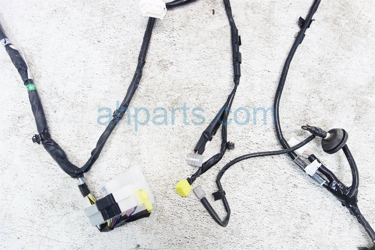 2015 Toyota Highlander FLOOR WIRE HARNESS 2 82162 0E200 821620E200 Replacement