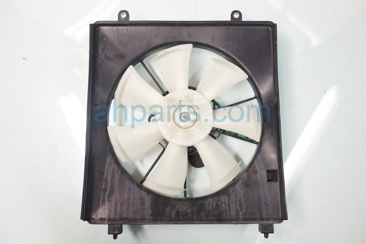 2013 Honda Accord Cooling AC CONDENSER FAN TOYO 38616 5A2 A02 386165A2A02 Replacement