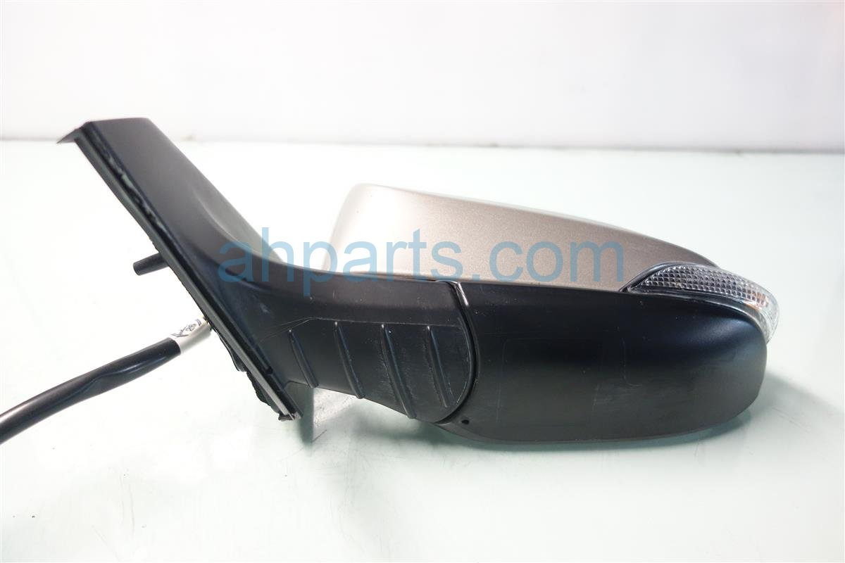 2013 Toyota Avalon Driver SIDE REAR VIEW MIRROR CHAMPAGNE 87906 07041 8790607041 Replacement