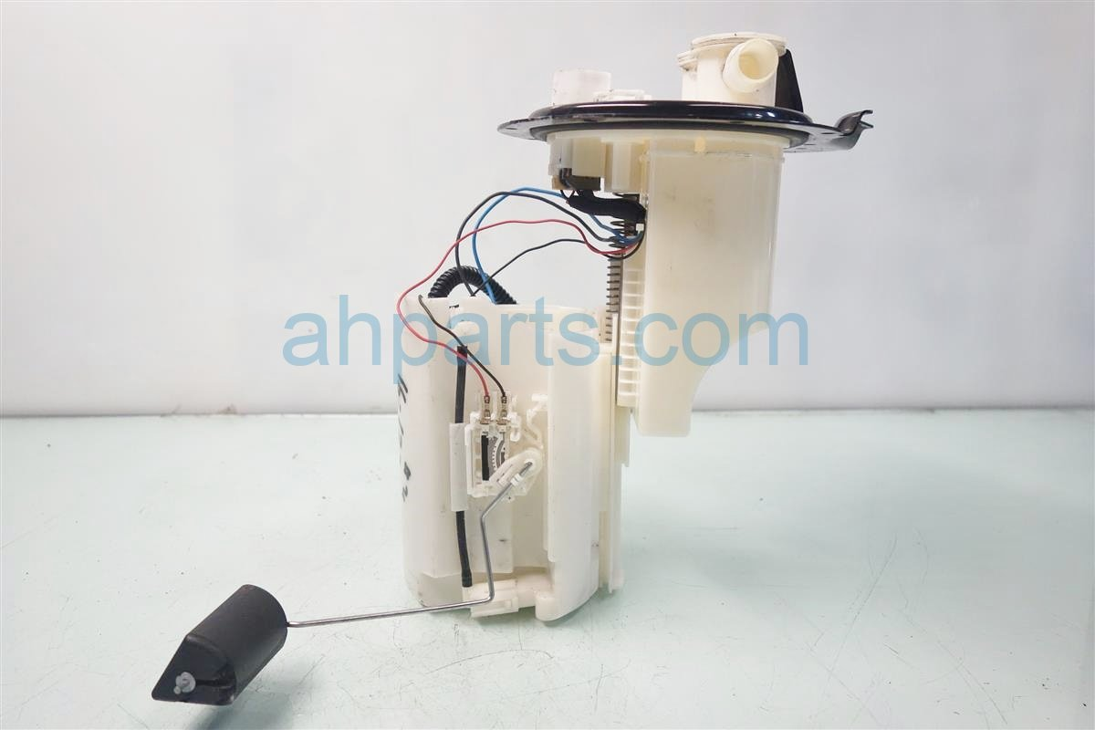 2013 Toyota Camry GAS FUEL PUMP 77020 06286 7702006286 Replacement
