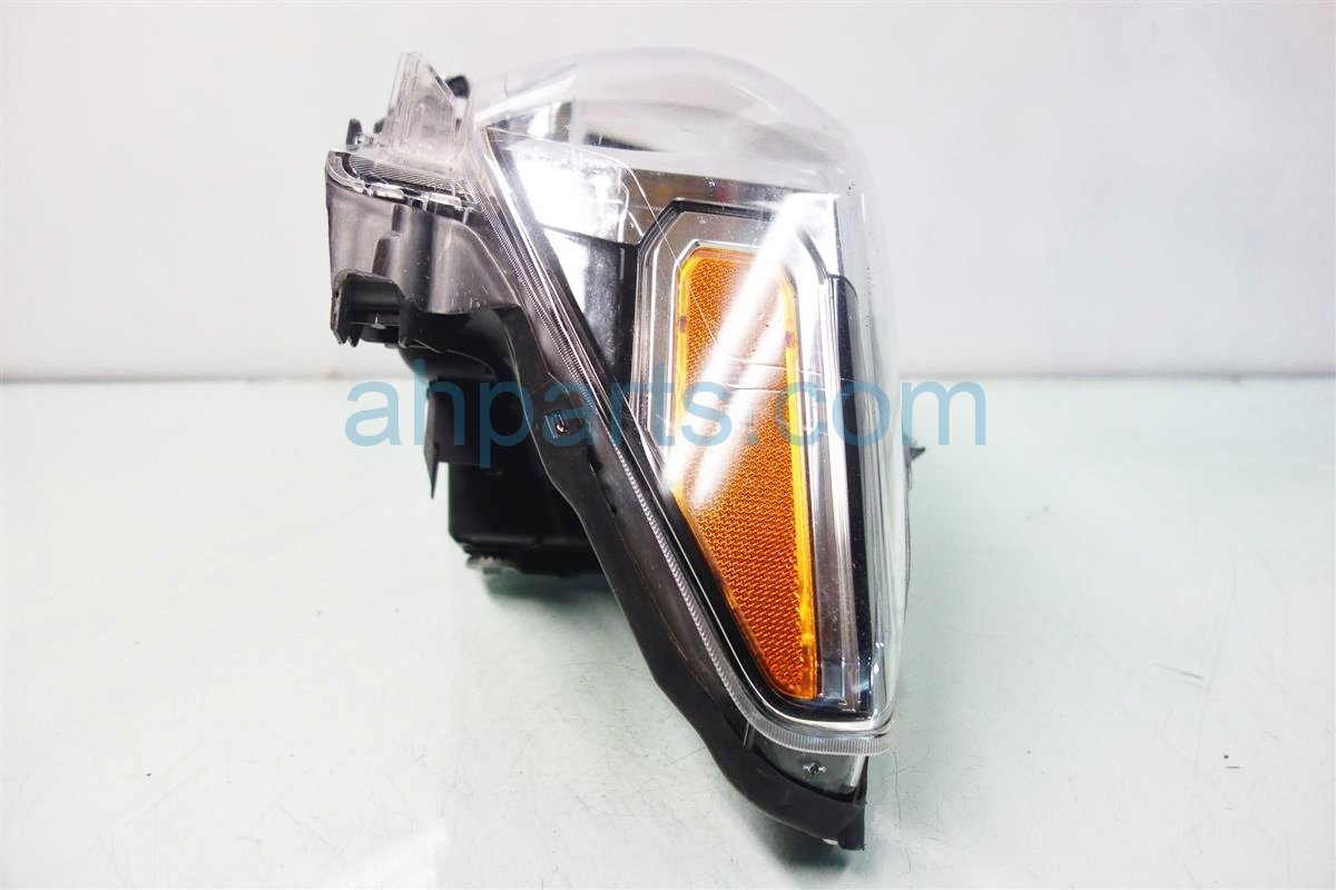 2016 Toyota Tacoma Lamp Driver HEADLIGHT HALOGEN 81150 04250 8115004250 Replacement