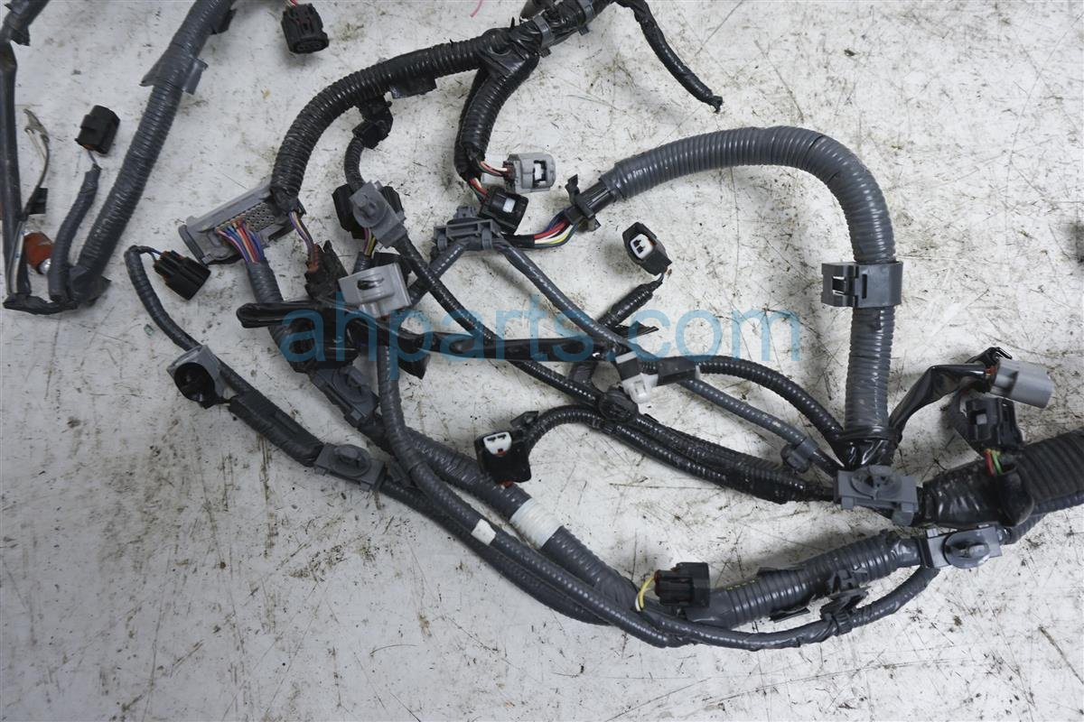 2016 toyota tacoma engine wire harness 3 5l wires cut 82121 04831 replacement Toyota Engine Wiring Harness Replacement 2016 toyota tacoma engine wire harness