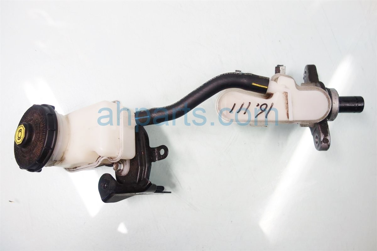 2013 Honda Civic BRAKE MASTER CYLINDER 46100 TX6 A03 46100TX6A03 Replacement