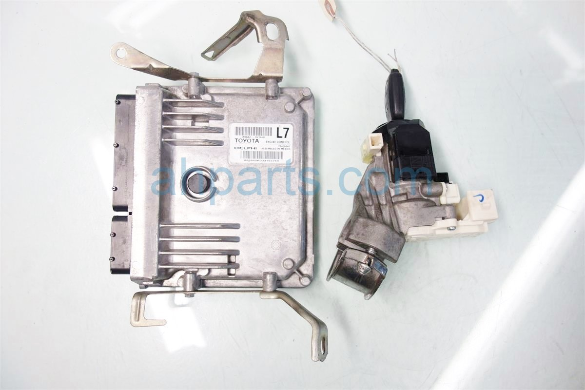 2014 Toyota Corolla Engine Control module computer ECU W IGNITION KEY 89661 0ZD43 896610ZD43 Replacement