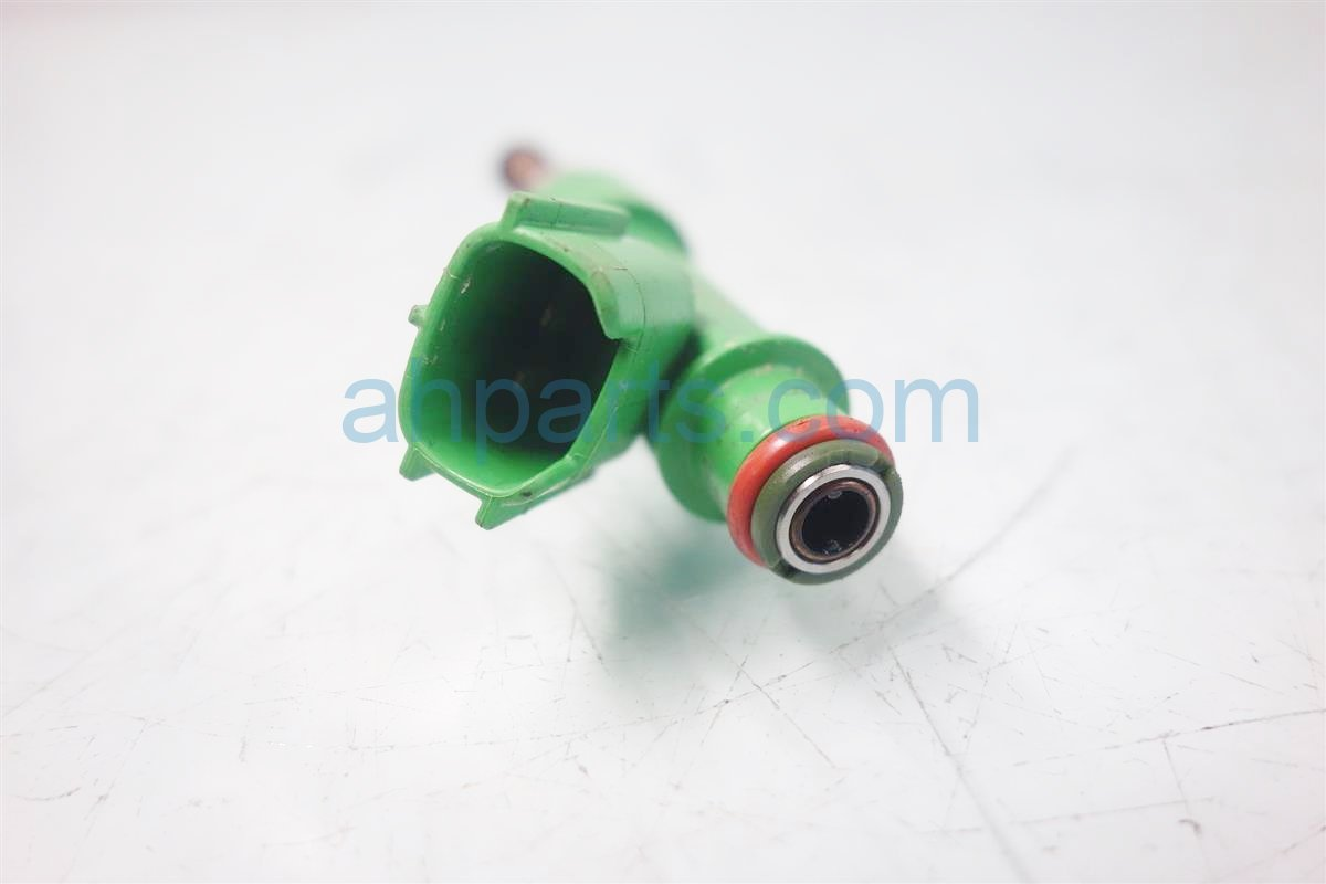 2013 Toyota Camry FUEL INJECTOR Replacement