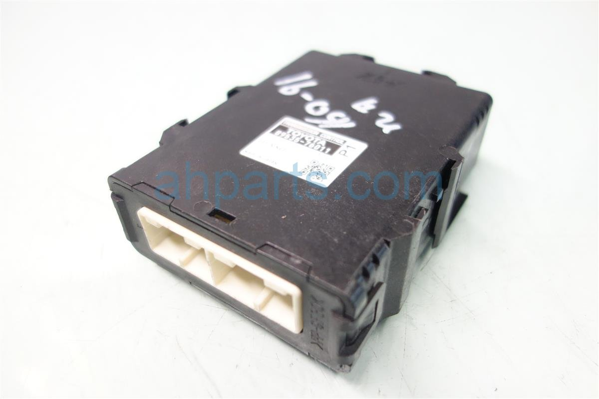 2014 Toyota Prius V TRANSMISSION CONTROL MODULE 89535 76011 8953576011 Replacement