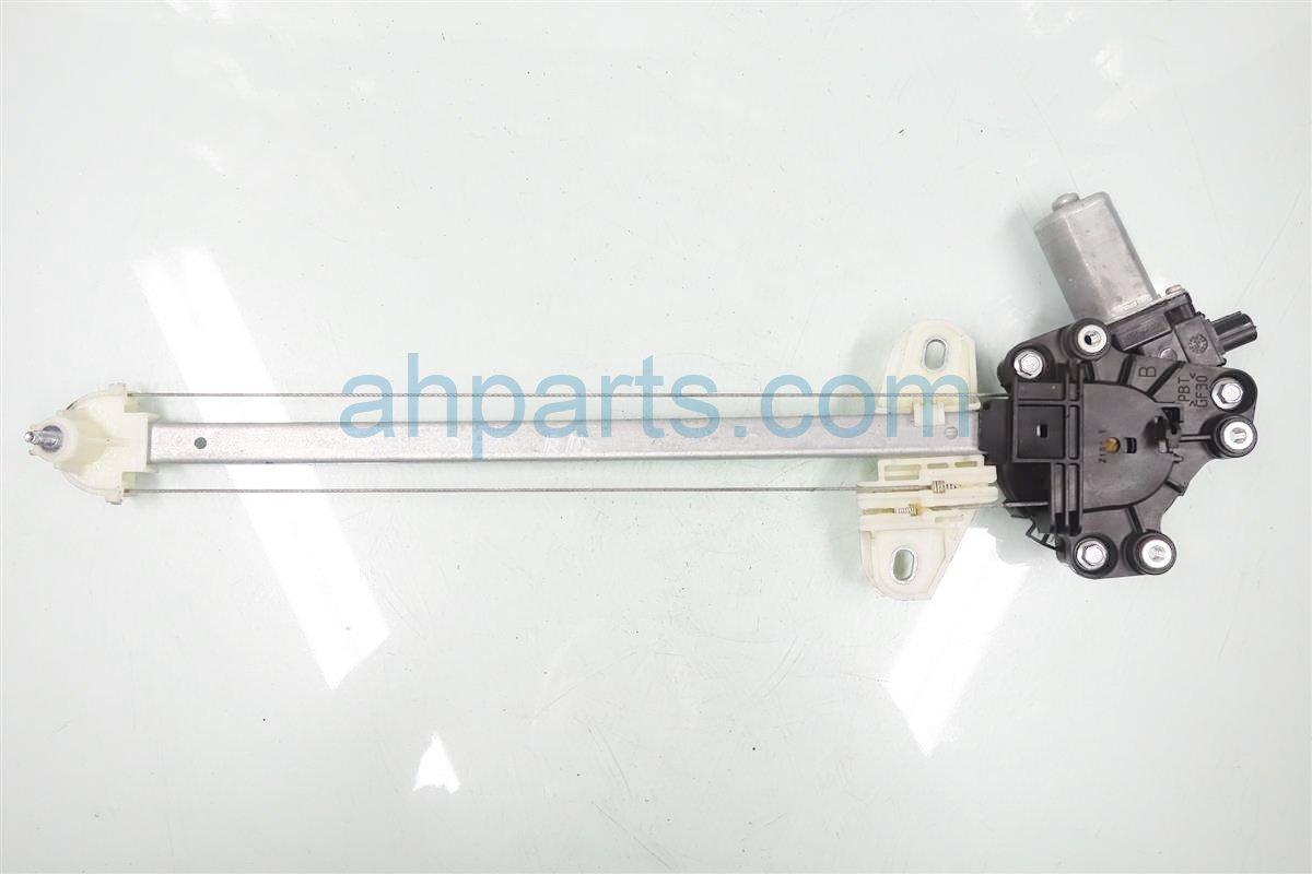 2014 Honda Civic Rear driver WINDOW REGULATOR 72750 TR0 A01 72750TR0A01 Replacement