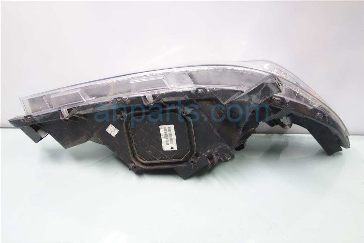 2012 Toyota Sienna Headlight Driver HEAD LIGHT LAMP BROKEN TAB 81150 08030 8115008030 Replacement