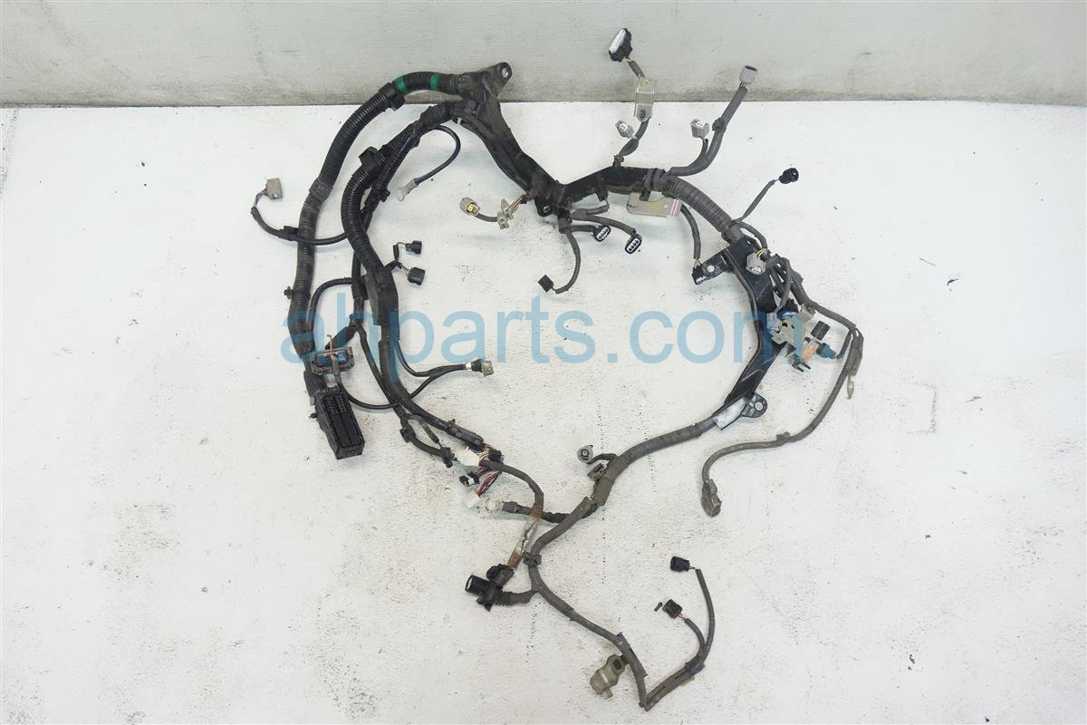 2012 Toyota Sienna 2 7L ENGINE WIRE HARNESS 82121 08120 8212108120 Replacement