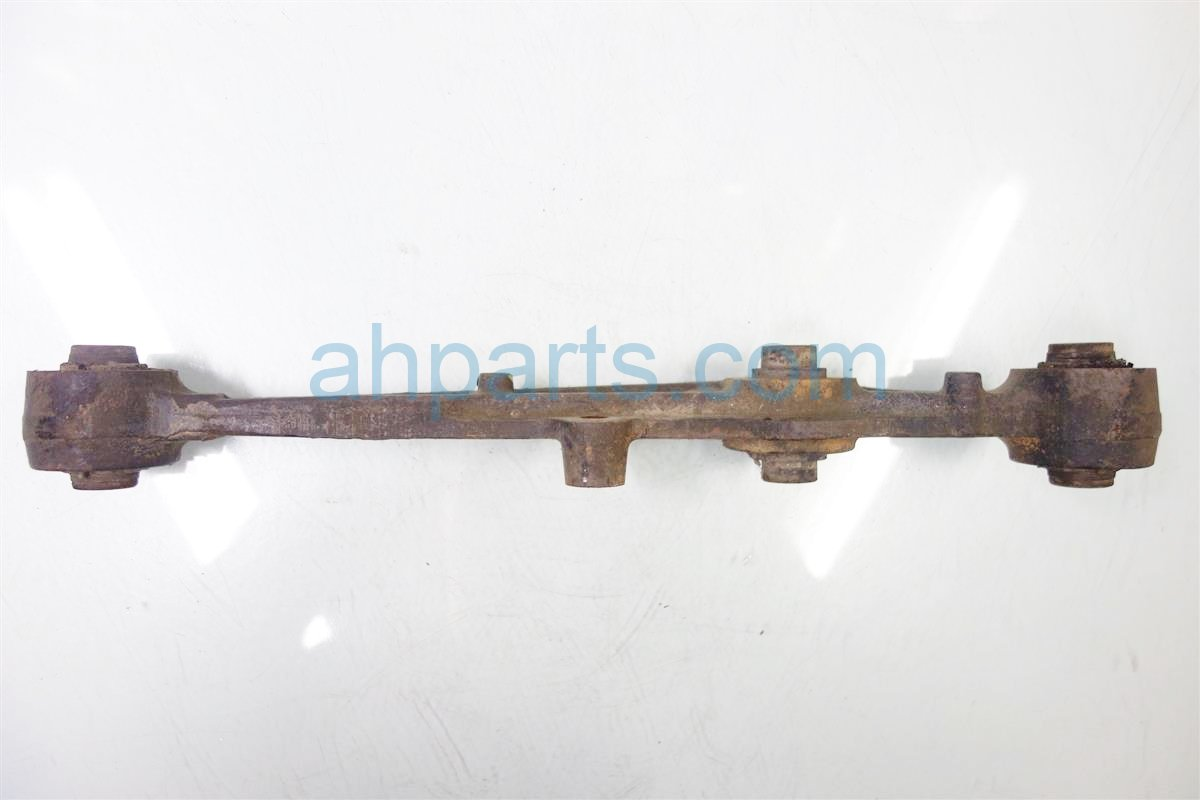 1991 Acura Integra Rear driver LOWER CONTROL ARM NON ABS 52360 SK8 A01 52360SK8A01 Replacement