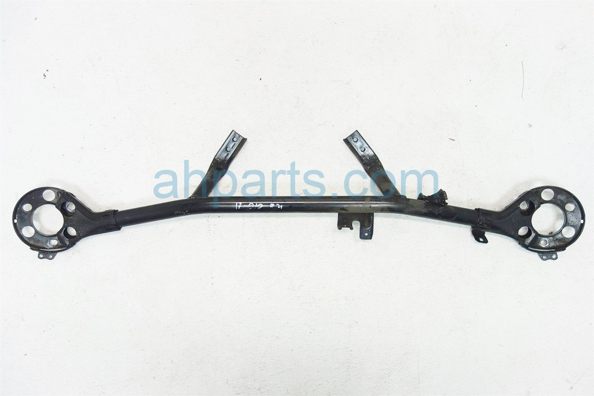 2005 Acura RL STRUT TOWER BAR 74180 SJA A01 74180SJAA01 Replacement