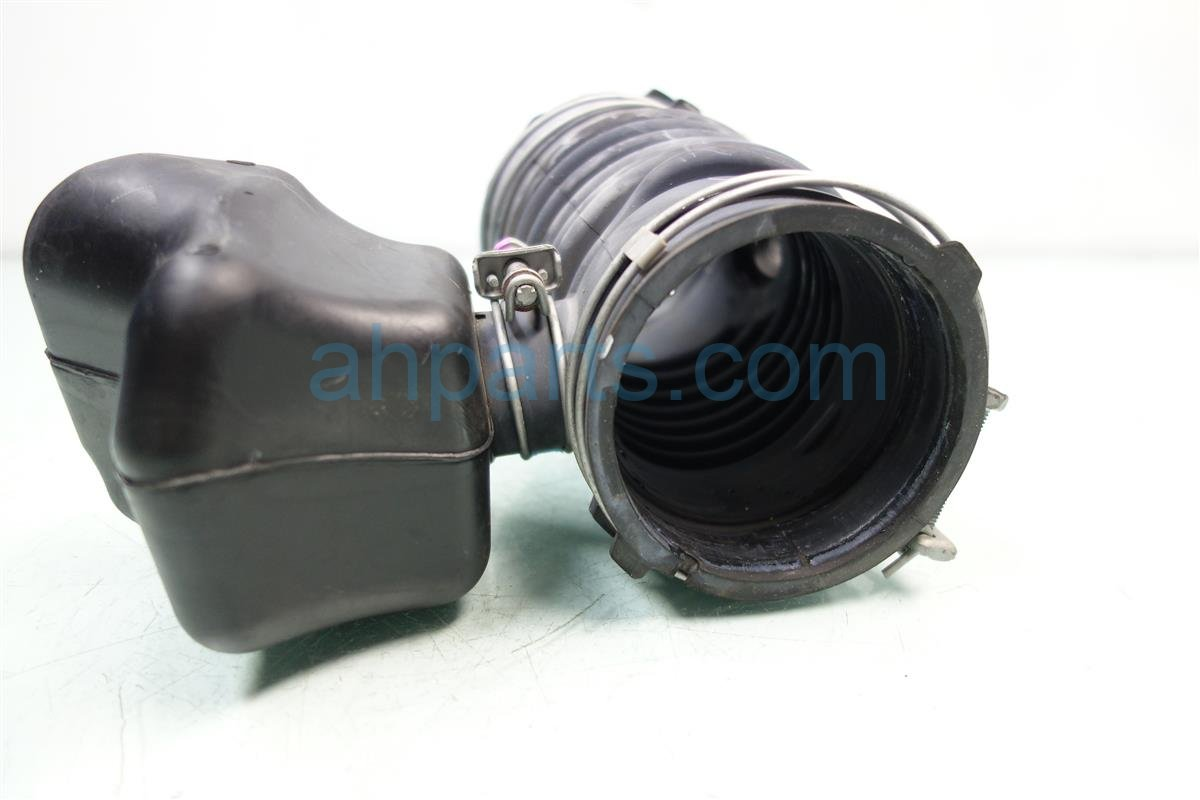 2012 Lexus Rx350 Air INTAKE TUBE 17881 0P080 178810P080 Replacement