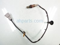 2014 Toyota Highlander INTERMEDIATE PIPE OXYGEN SENSOR 89465 0E130 894650E130 Replacement