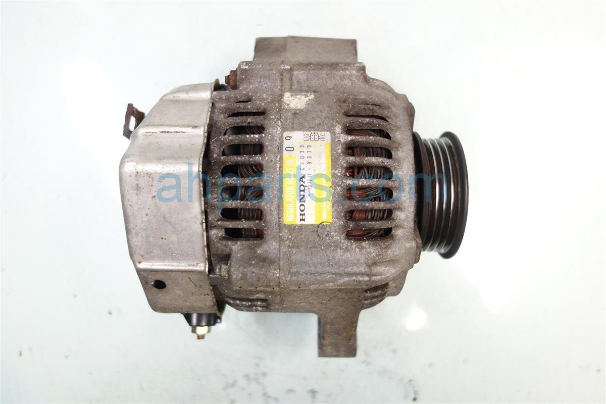 1996 Acura Integra ALTERNATOR GENERATOR 31100 P72 902 31100P72902 Replacement