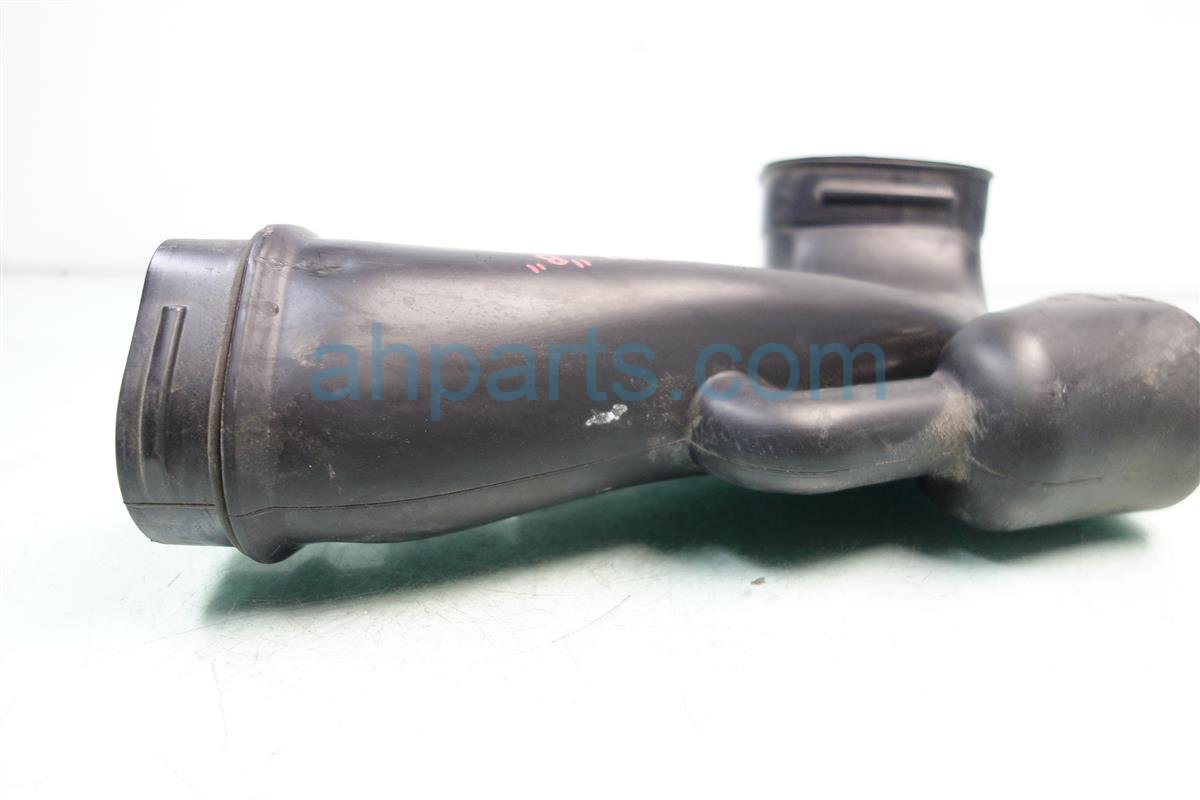2014 Honda Accord Intake TUBE ASSY AIR IN B 17253 5A2 A00 172535A2A00 Replacement