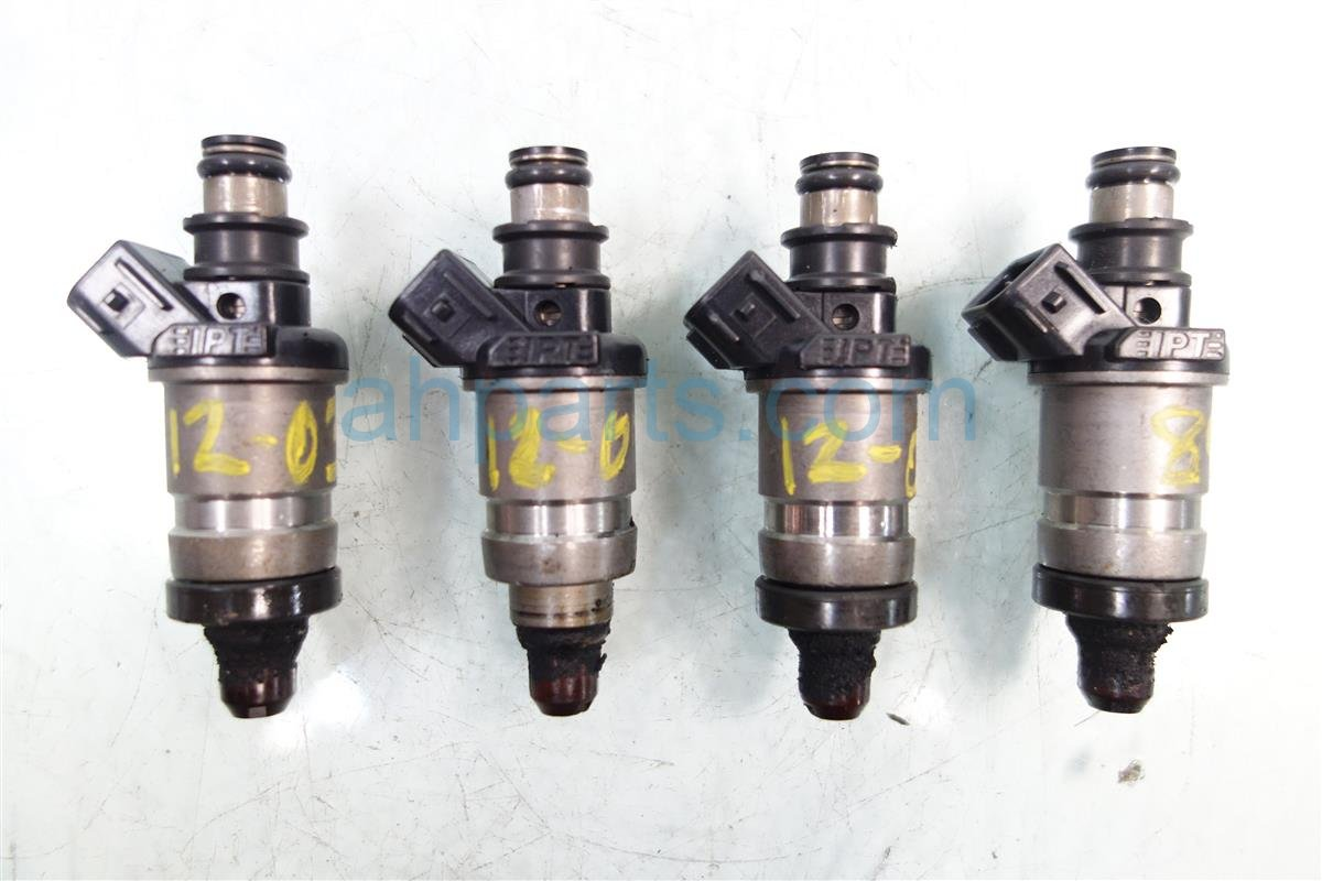 1996 Honda Civic 1 6L VTEC FUEL INJECTORS 4QTY 06164 P2J 000 06164P2J000 Replacement